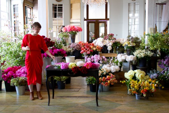 Blossoms awaiting arrangement at LIttle Floral School. Photo: Nadia Chaudhury