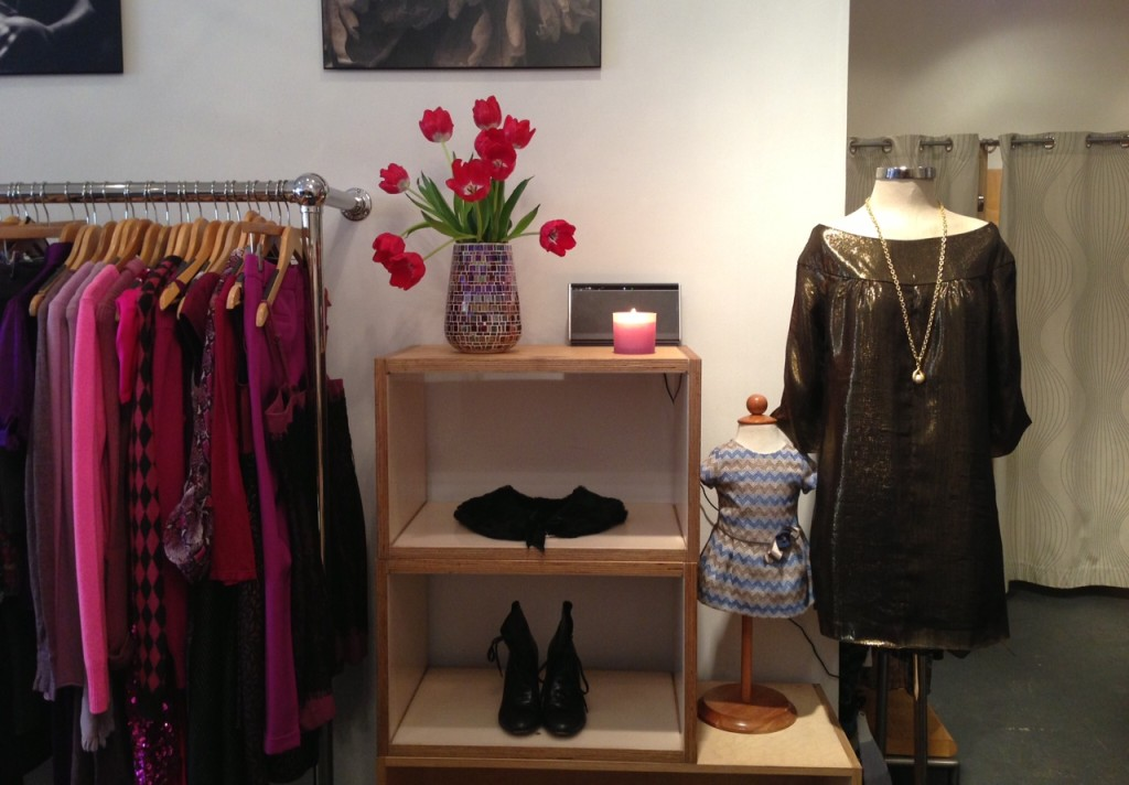 Two Lovers NYC organizes the store by color. Photo: Taibi Mastelse/Two Lovers NYC