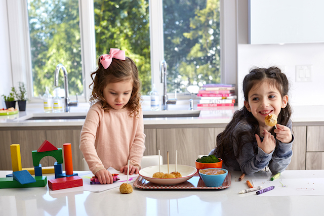 This new weekly delivery service delivers meals your kids will eat already cooked. Photo: Panda Plates