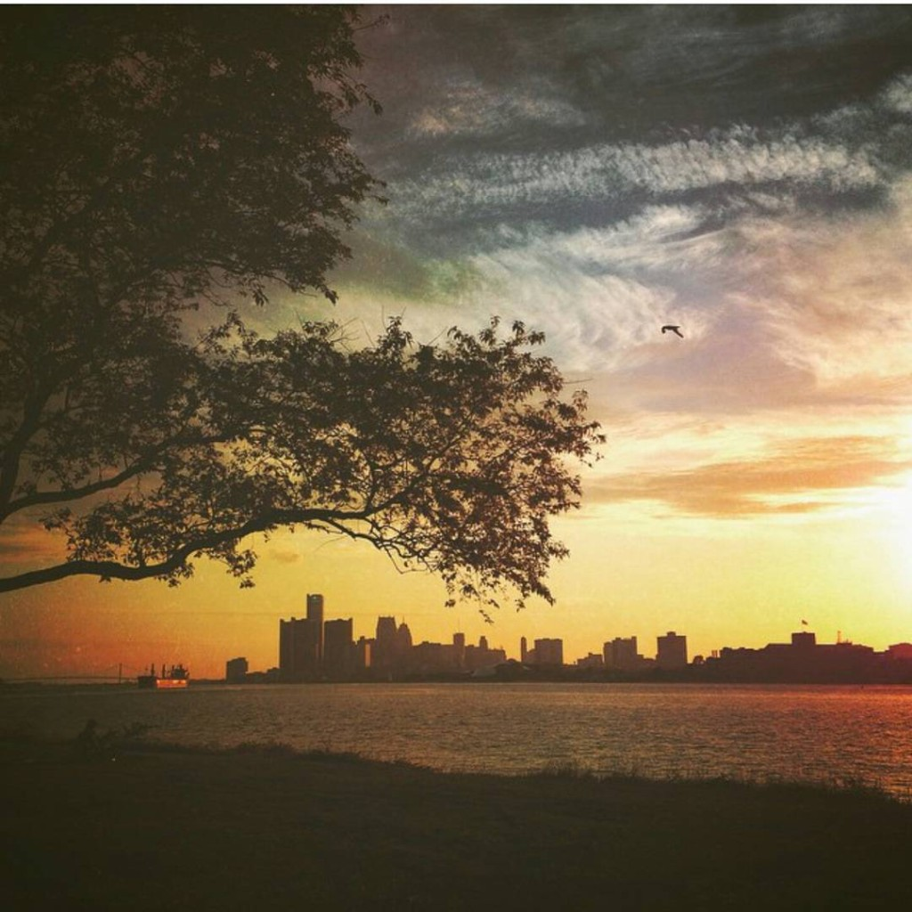 The Golden Hour at Belle Isle. Photo: @agnes_c_fischer