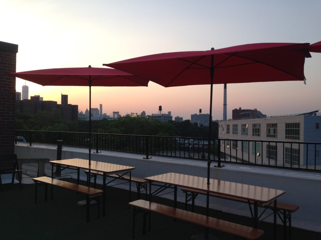 Catch the sunset at Rooftop Reds. Photo: Brooklyn Based