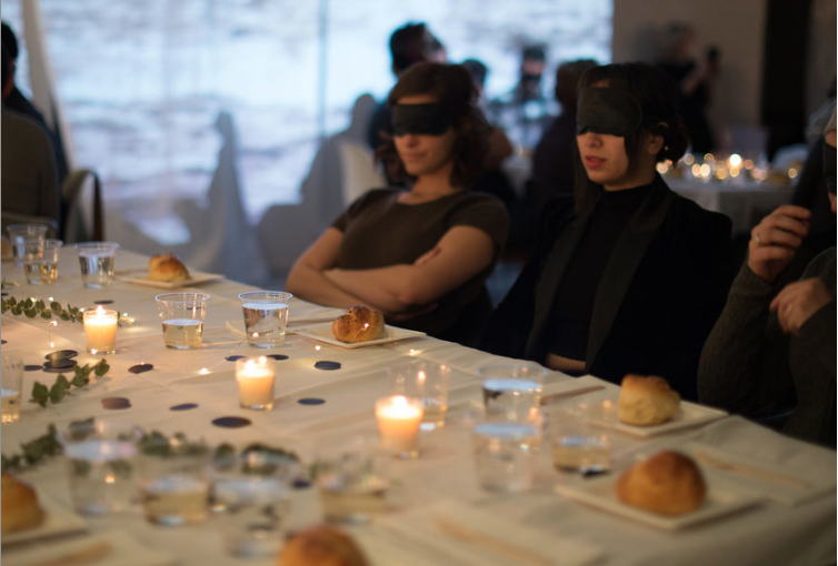 Blindfolded shabbat