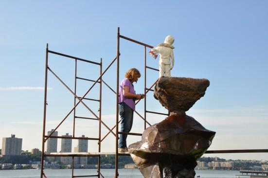Sculptor Anna Kuchel Rabinowitz
