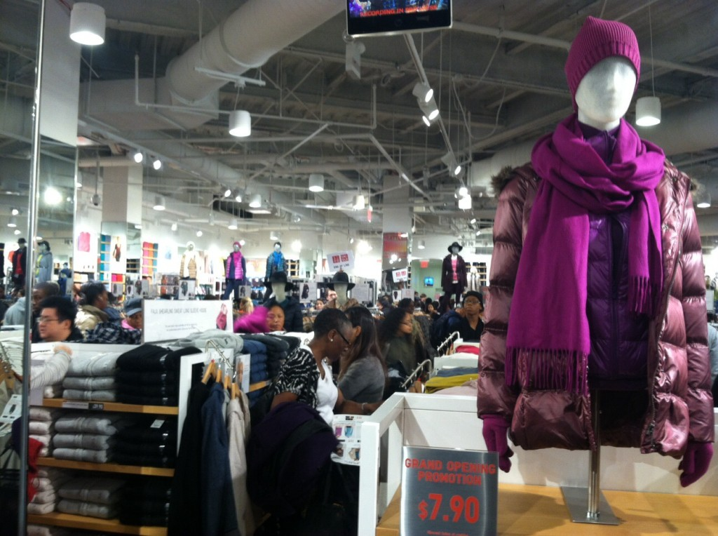 Hundreds of shoppers showed up at Atlantic Terminal this morningfor the opening of Uniqlo first Brooklyn to stock up on winter basics at big discounts. Photo: BB
