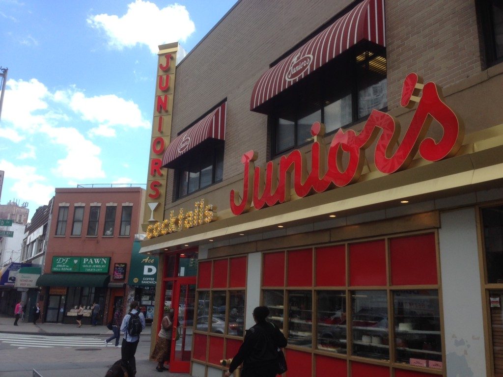 juniors-restaurant-bar-flatbush-brooklyn