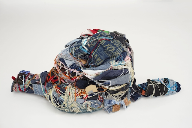 The sculptures are constrained and bound, but yet so colorful and free! Judith Scott (American, 1943‒2005). Untitled, 2003-4. Fiber and found objects, 56 x 28 x 12 in. (142.2 x 71.1 x 30.5 cm). Creative Growth Art Center, Oakland. © Creative Growth Art Center. (Photo © Benjamin Blackwell)