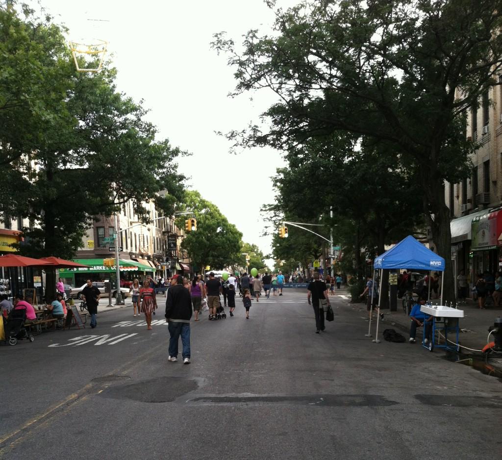Summer Stroll on 3rd from 2014 (David Chiu)