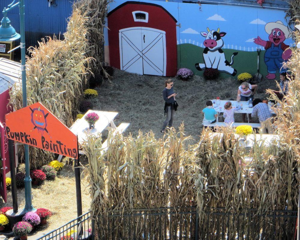 luna-park-halloween-festival-coney-island-8828159