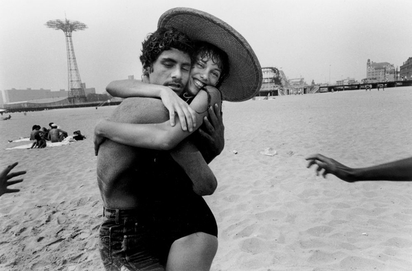 Relive your summer at Coney Saturday at the Brooklyn Museum. Image: © Harvey Stein, 2011